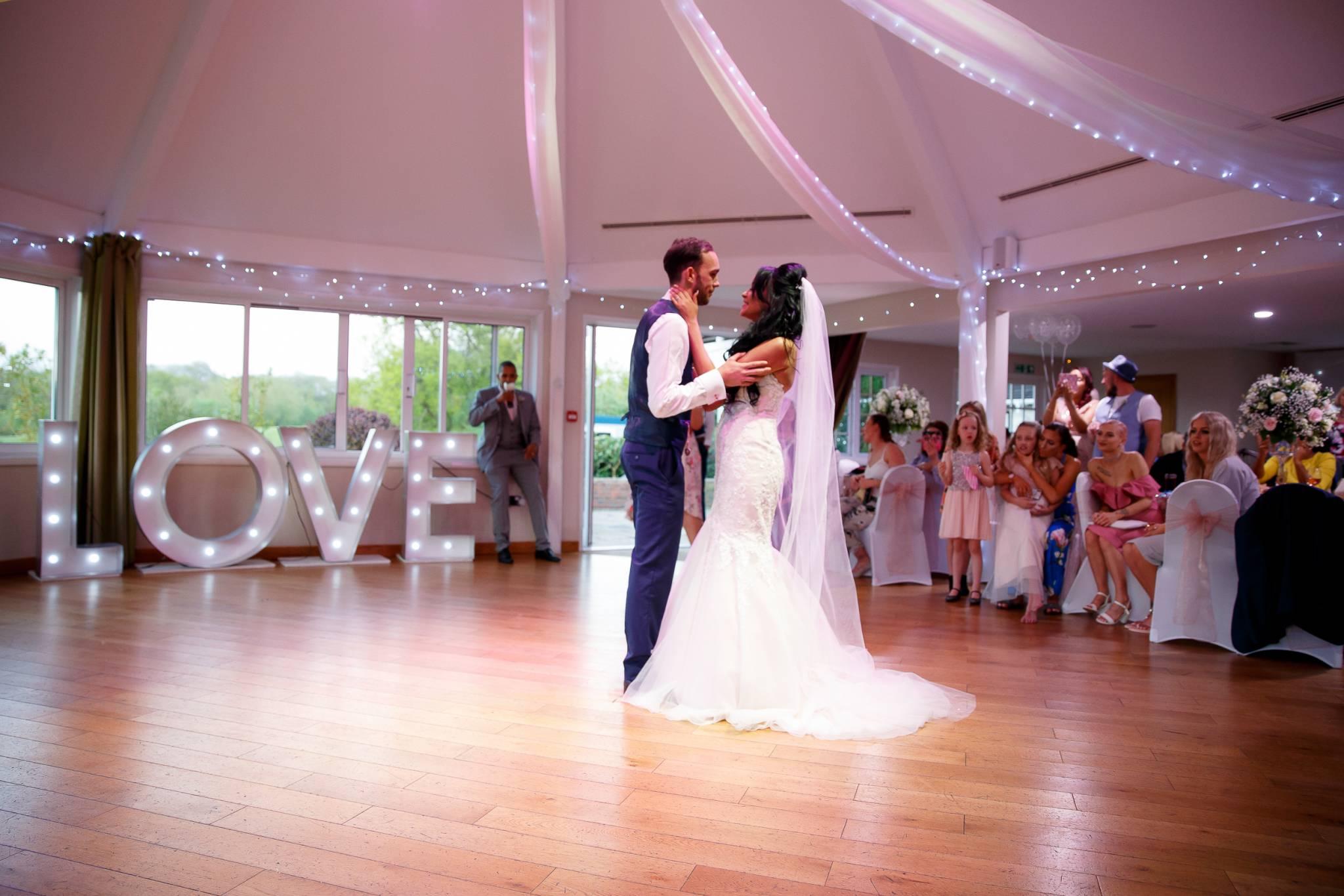 wedding photographer, wedding photographer, high wycombe, buckinghamshire, bucks,