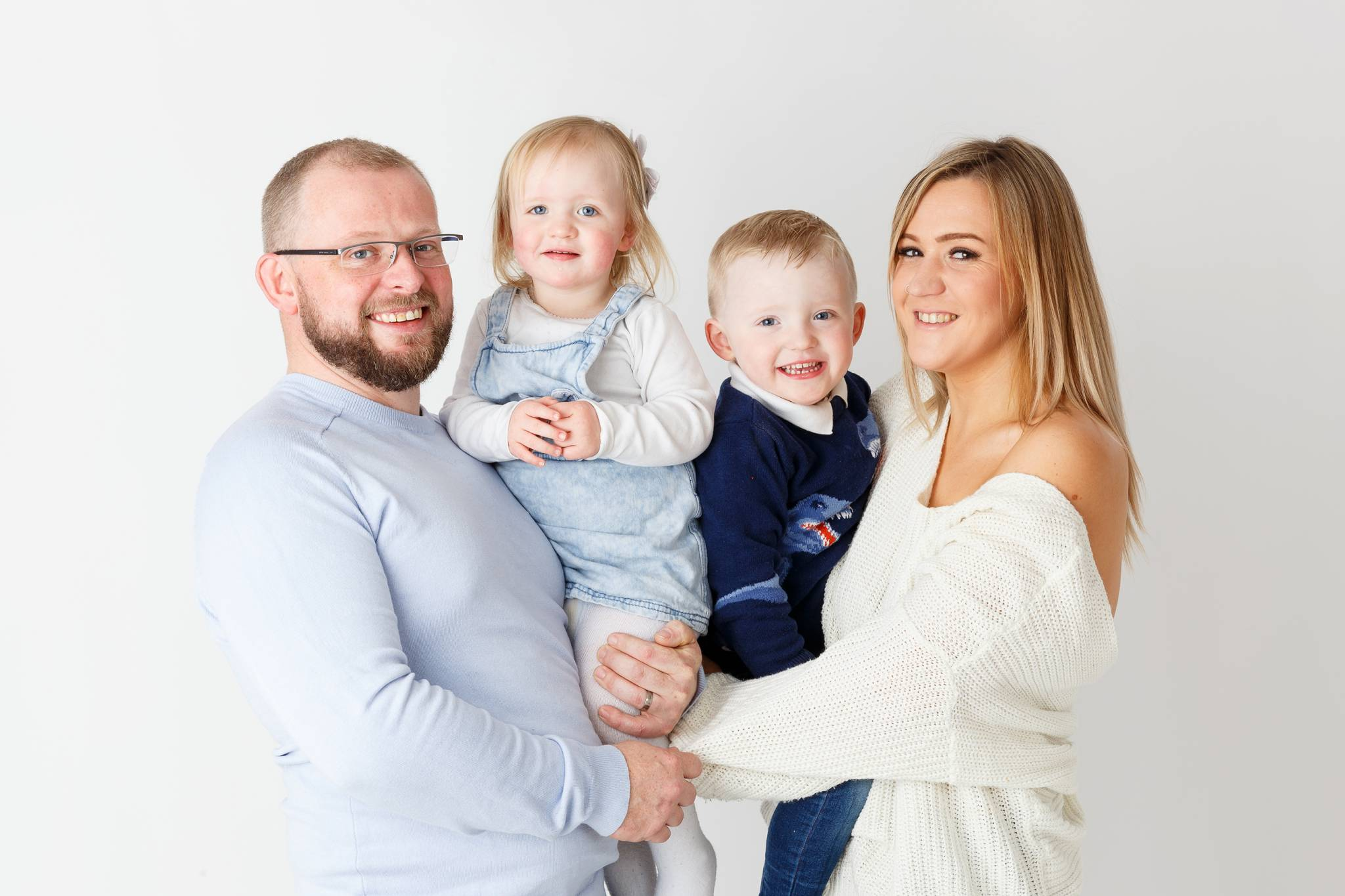Family Photoshoot, family photographer, family photography, children photoshoot, baby photography, baby photoshoot,studio photography, studio photoshoot, high wycombe, buckinghamshire