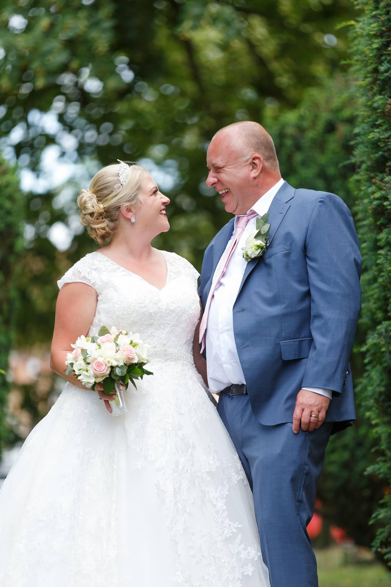 wedding photographer, wedding photographer, Beaconsfield Registry office, high wycombe, buckinghamshire, bucks