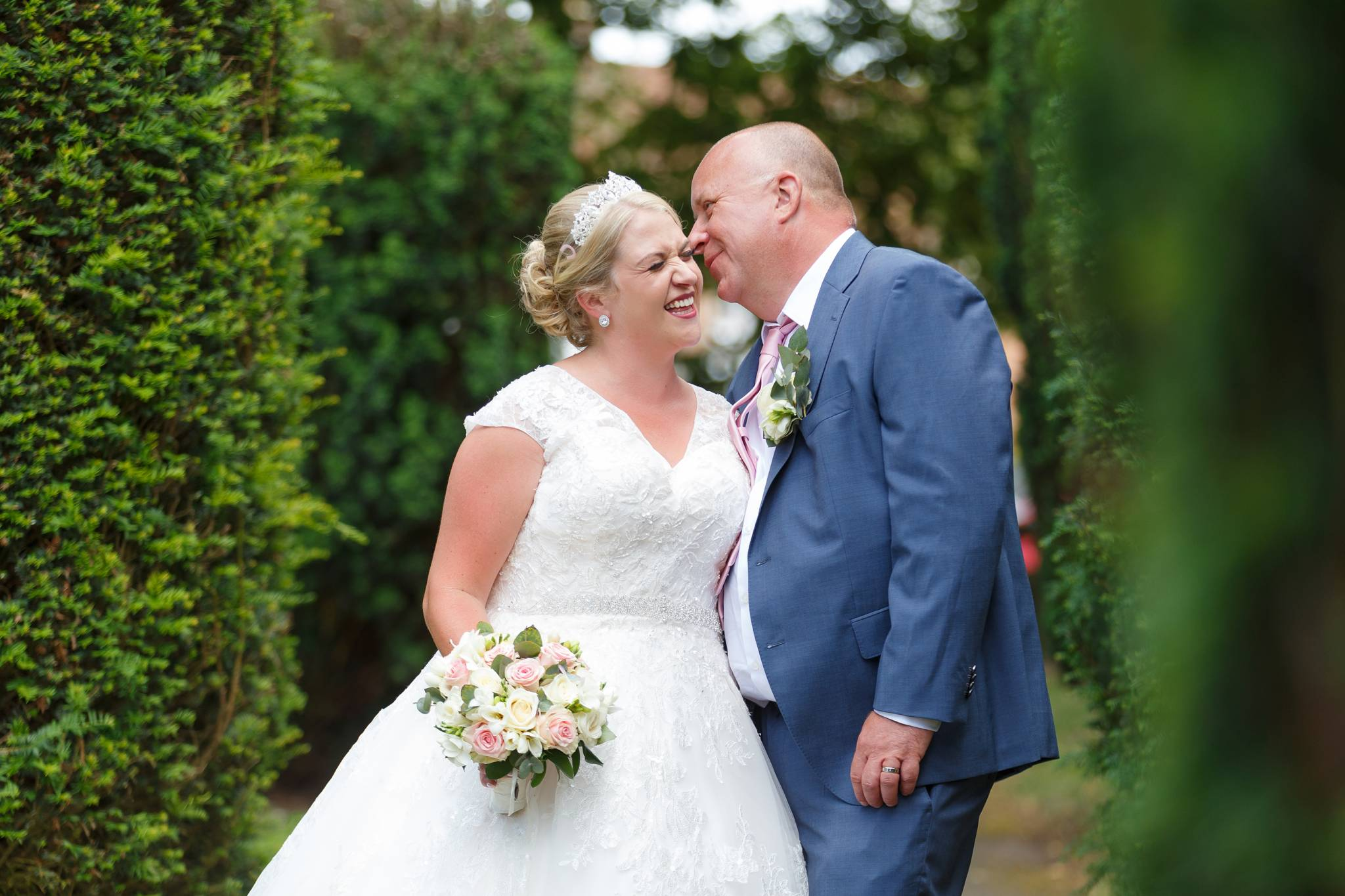 wedding photographer, wedding photographer, Beaconsfield Registry office, high wycombe, buckinghamshire, bucks